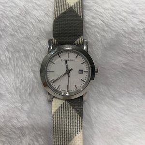Burberry Smoked Check Round Watch